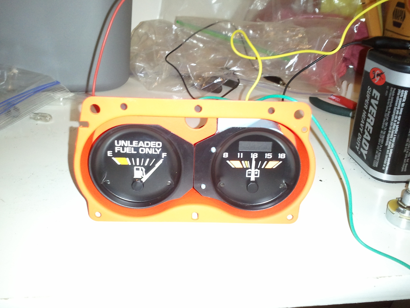 Bench Testing Fuel Gas Gauge Mods And Rods Tv Archive Circuit With Voltmeter Real Battery Variable Resistor We